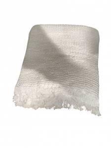 Bilde av Life Towel Throw White